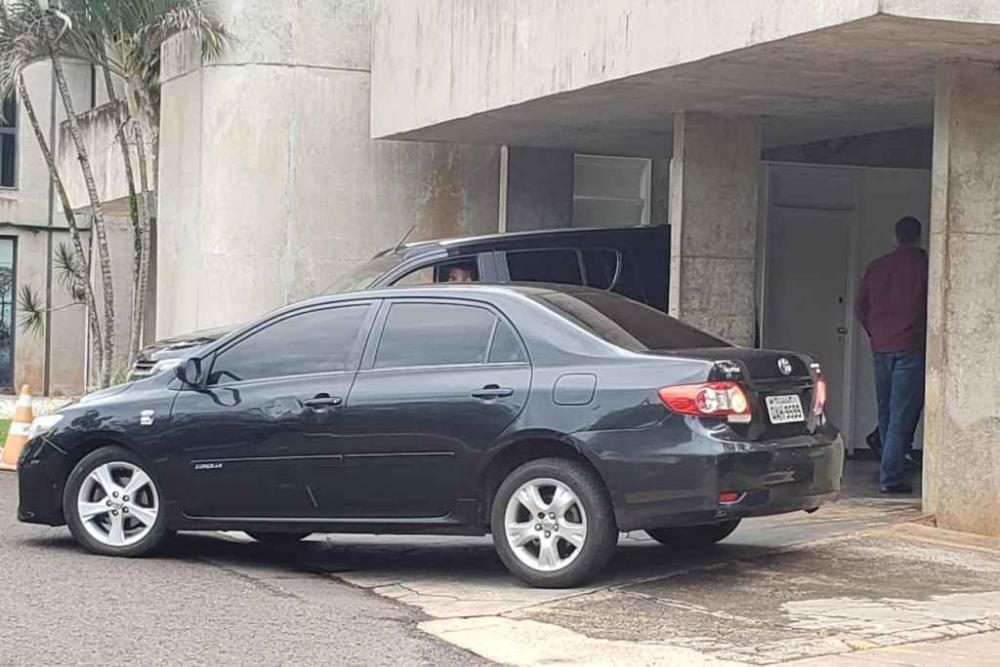 Seguranças 'blindaram' Reinaldo (Foto: Marcos Ermínio, Midiamax)