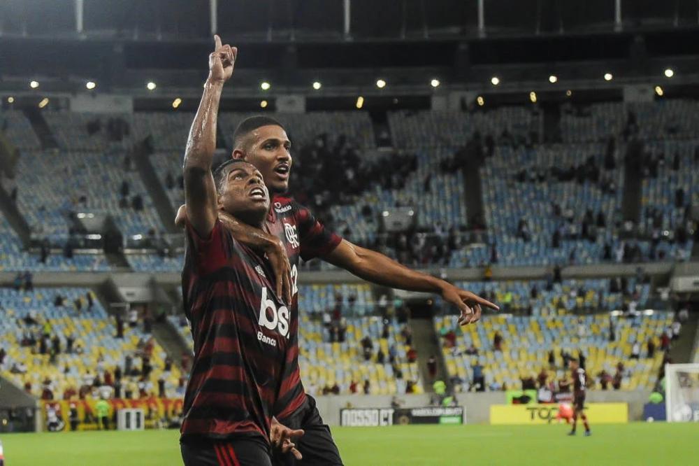 Com o resultado, os rubro-negros chegaram a quatro pontos no grupo A - (Foto: Marcelo Cortes/Flamengo)