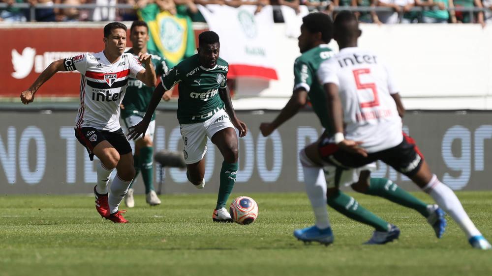 Ramires vai bem e ganha confiança de Luxemburgo após Choque-Rei