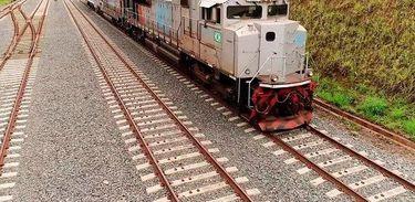 O primeiro contrato de concessão foi assinado no ano passado e envolve a Ferrovia Norte-Sul