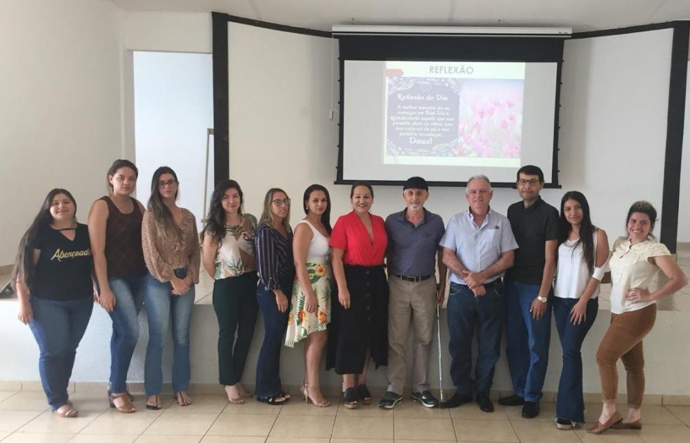 Prefeita Márcia Marques com equipe do setor de contabilidade durante audiência pública de prestação de contas do 2º semestre de 2019 no último dia 5