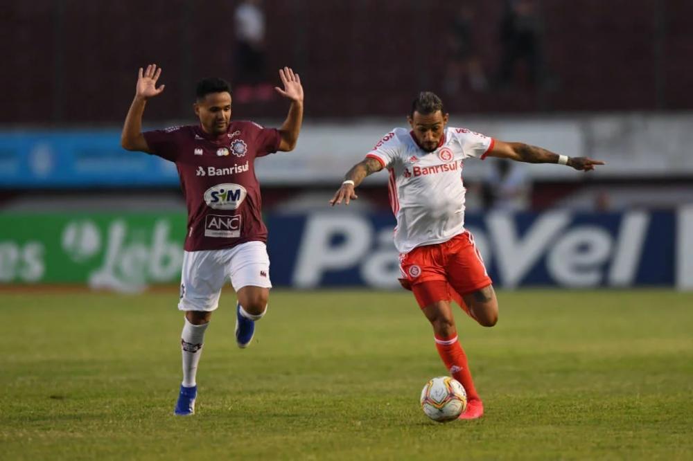 """Natanael afirmou que o Internacional deve """"esquecer"""" o jogo contra o Caxias (Foto: Ricardo Duarte/SCI)"""