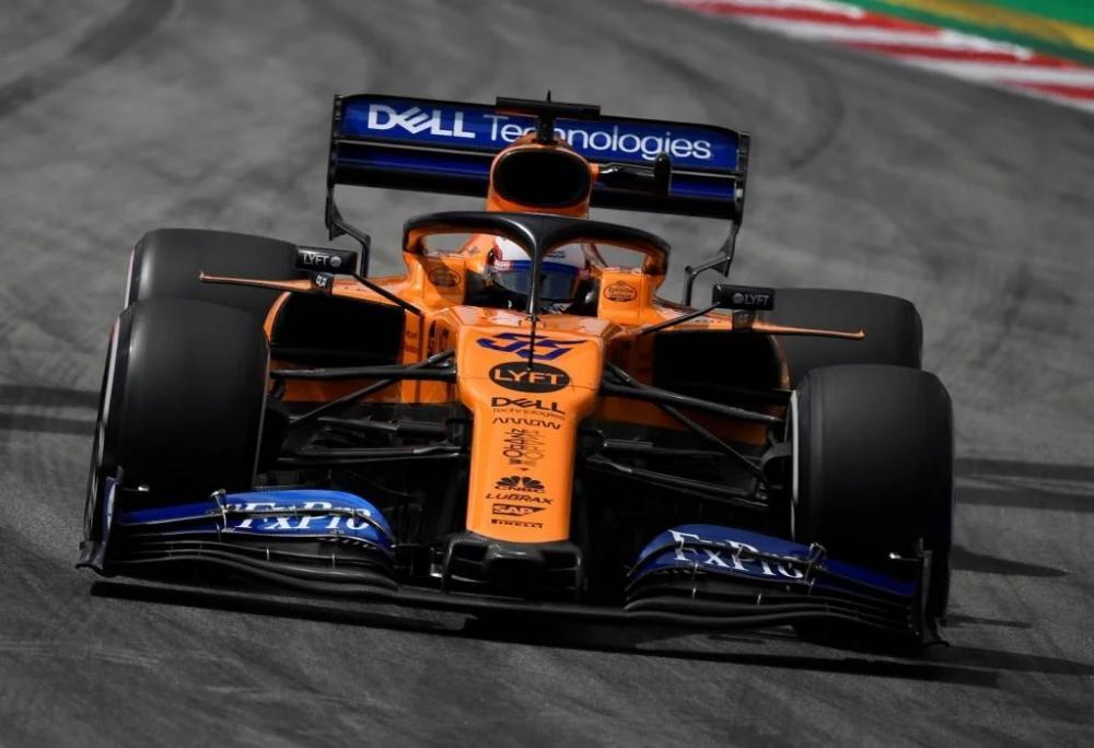 Carro da McLaren em 2019, dirigido por Carlos Sainz Jr (Foto: Pierre-Philippe MARCOU / AFP)