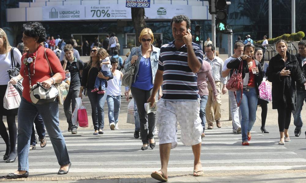 Ao todo, são 12,3 milhões de desempregados no Brasil, diz IBGE