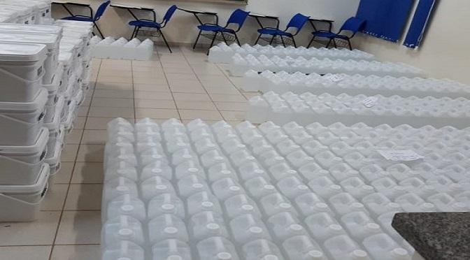 A ação conjunta além da produção dos 5 mil litros de álcool 70%, produziu também 502 litros de álcool glicerinado