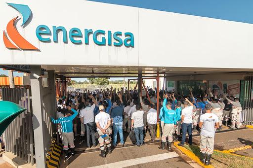 Sindicato protesta contra demissões e terceirização na Energisa em MS