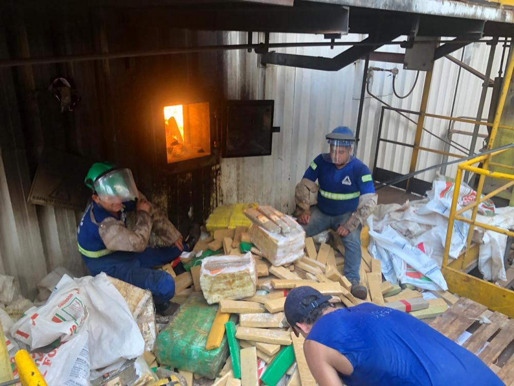 Polícia Civil incinera 34 toneladas de drogas em Dourados
