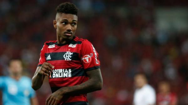 Abel Braga descarta Flamengo recuado contra o Peñarol
