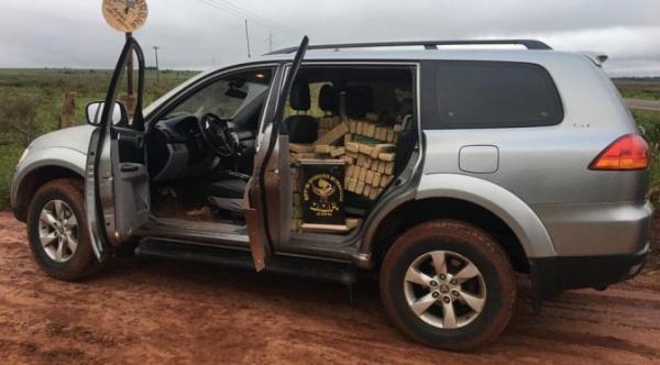 Veículo furtado em Brasília é apreendido com mais de uma tonelada de maconha