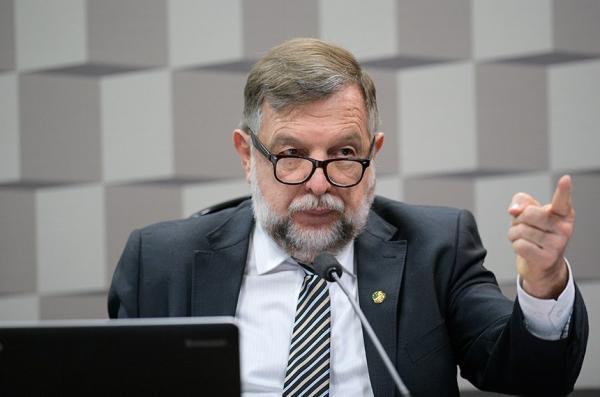 Um dos autores do pedido para debates sobre o Fundeb, senador Flávio Arns avalia que iminência do fim da vigência do fundo pode gerar desorganização ao setor. Ele é o relator de PEC sobre o assunto na CCJ