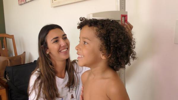 Mato Grosso do Sul investiga alimentação e nutrição infantil em domicílios de 5 cidades