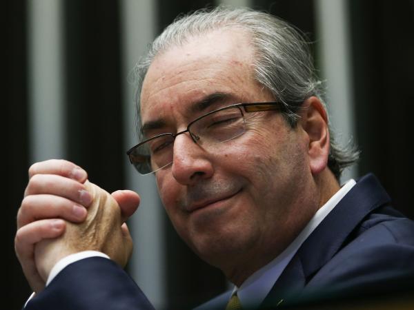 Justiça do Paraná autoriza transferência de Cunha para o RJ