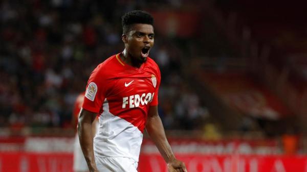 Flamengo intensifica busca por zagueiro e mira em Jemerson e Zapata