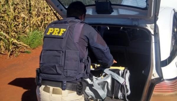 PRF apreende 210 kg de pasta base de cocaína e prende batedor