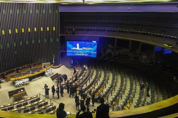 Obstrução na Câmara dos Deputados será total