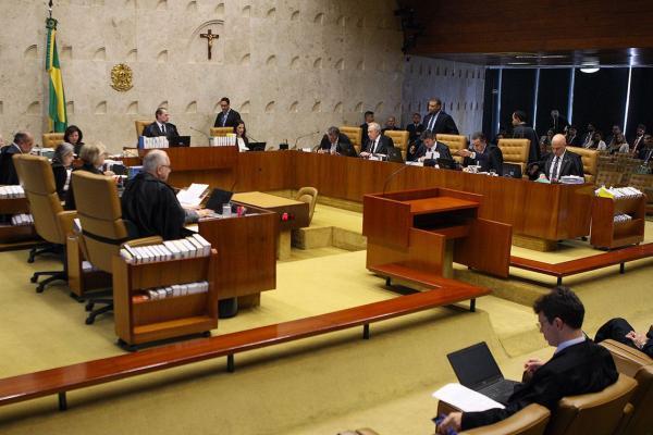 STF limita decreto do governo que extingue conselhos federais