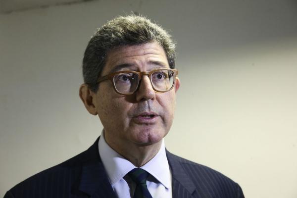 Levy pediu demissão do cargo
