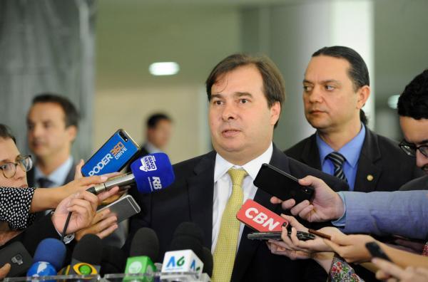 Maia defende estratégia de convencimento para aprovar reforma da Previdência