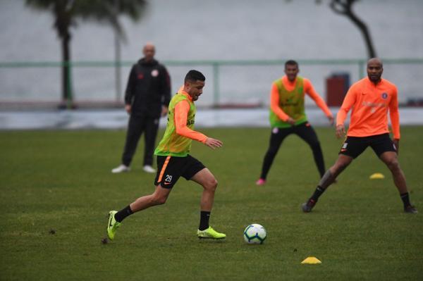 Bruno crê na força coletiva do Inter para superar o Cruzeiro no Mineirão