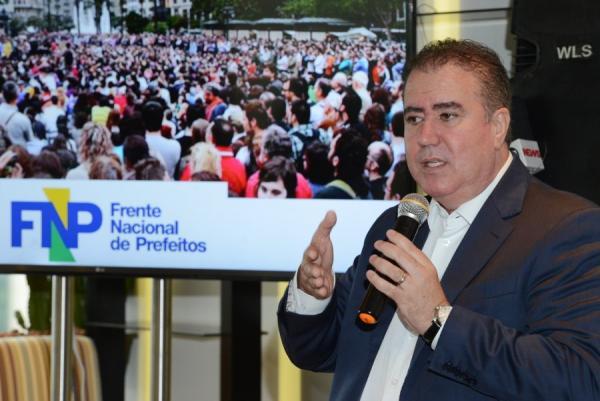Jonas Donizette, presidente da Frente Nacional de Prefeitos