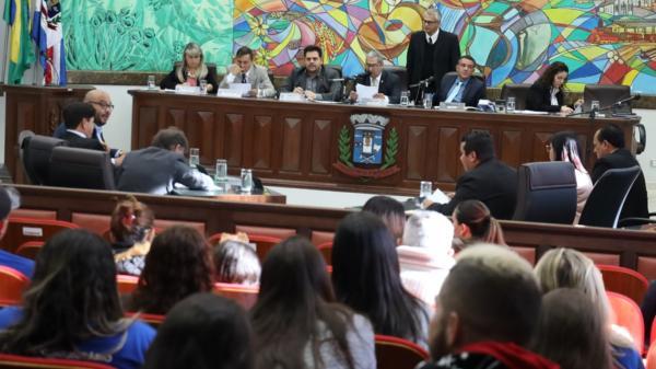 Sessão na Câmara de Ponta Porã é adiada após falecimento do pai do vereador Marquinhos Belo