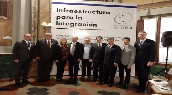 Paraguai quer construir ferrovia paralela à rota bioceânica
