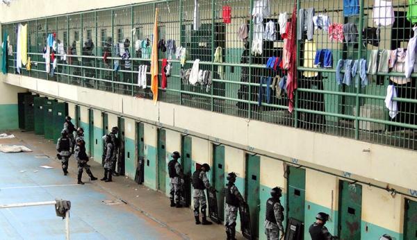 Polícia descobre que PCC tinha lista de 12 marcados para morrer