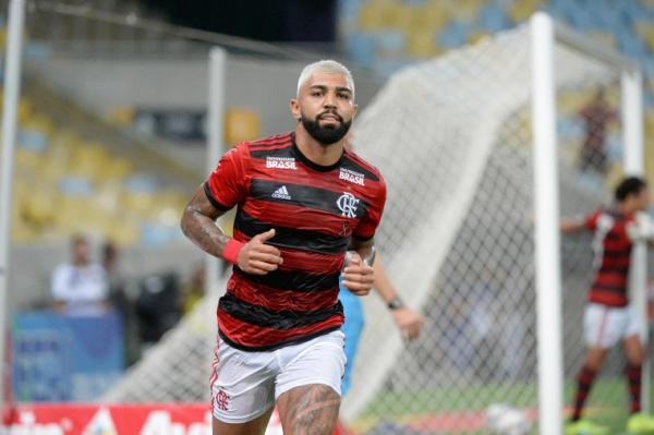 Flamengo vence o Madureira por 2 a 0 com dois de Gabigol