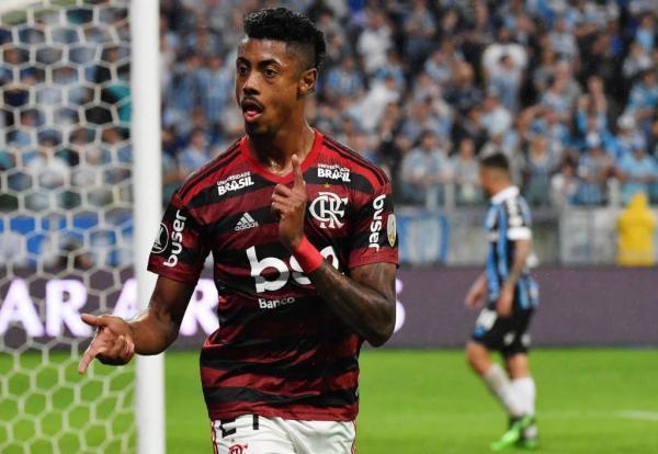 Bruno Henrique lamenta gols anulados, mas elogia atuação do Flamengo