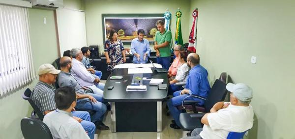 Reunião do Codecon contou com a presença da prefeita Márcia Marques e do secretário de Governo, Afrânio Marques