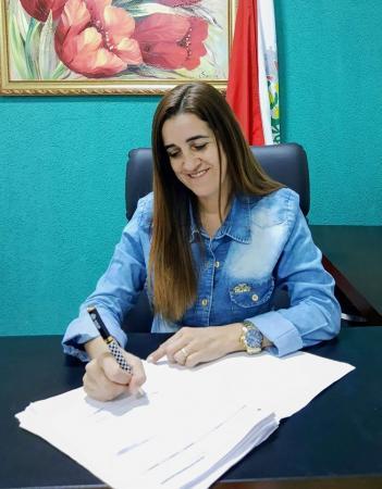 Cecília Cáceres, presidente da Câmara Municipal de Antônio João