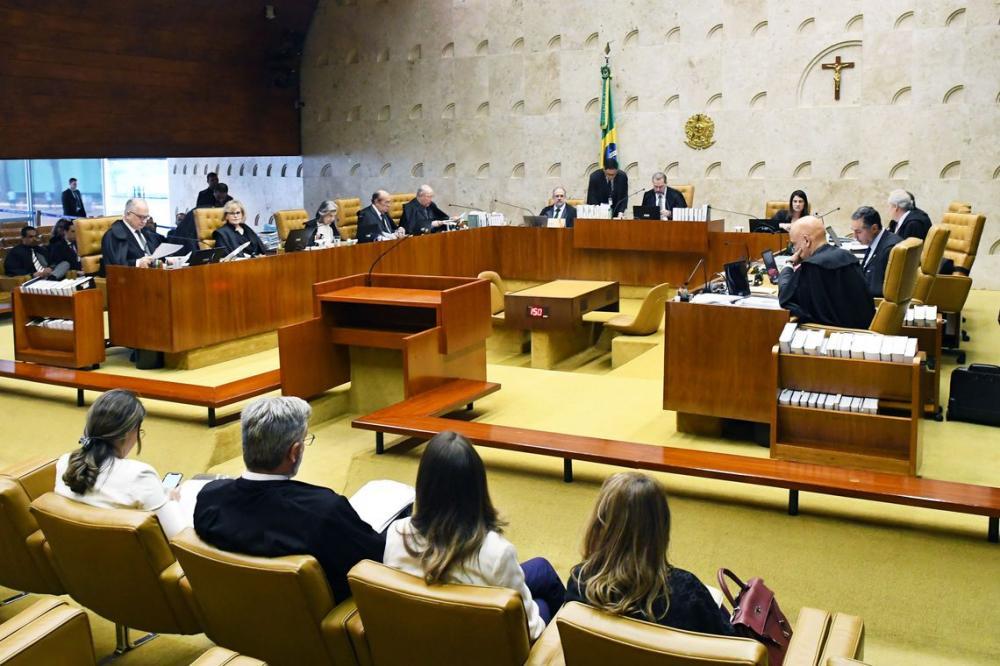 Após quatro sessões de julgamento, por 8 votos a 3, a maioria dos ministros entendeu que o envio é constitucional
